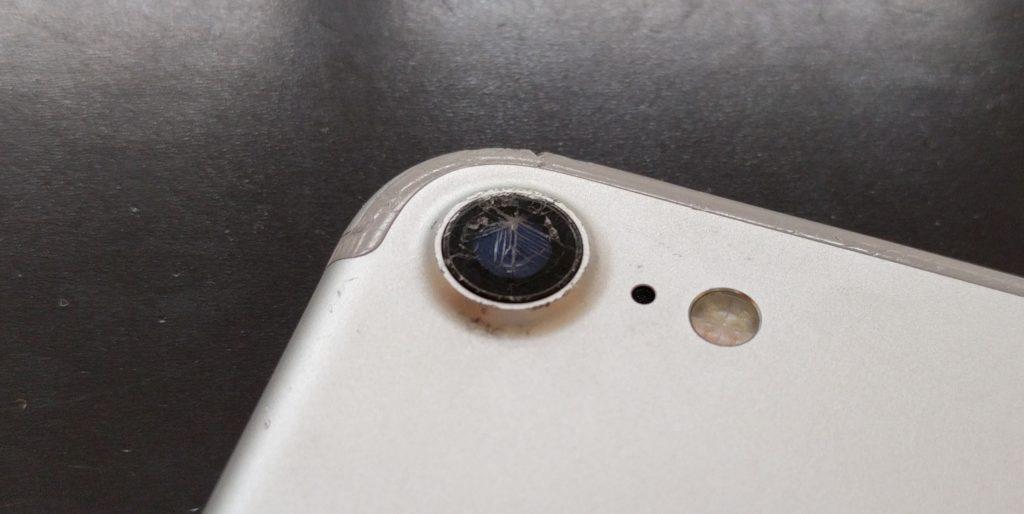 iPhone6sのカメラレンズ割れ