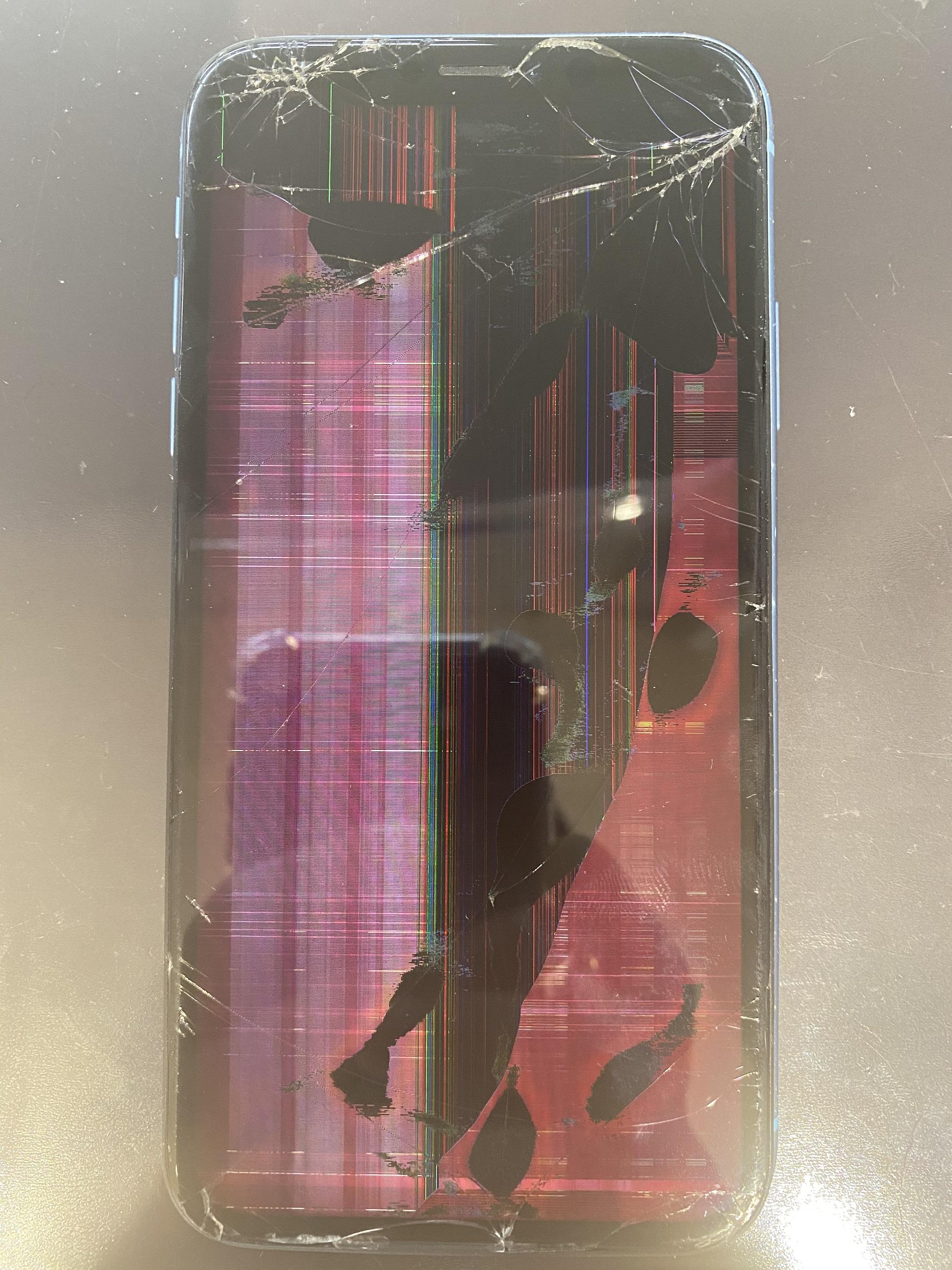 iPhoneXRの画面が縦線、横線、液漏れで見えない!