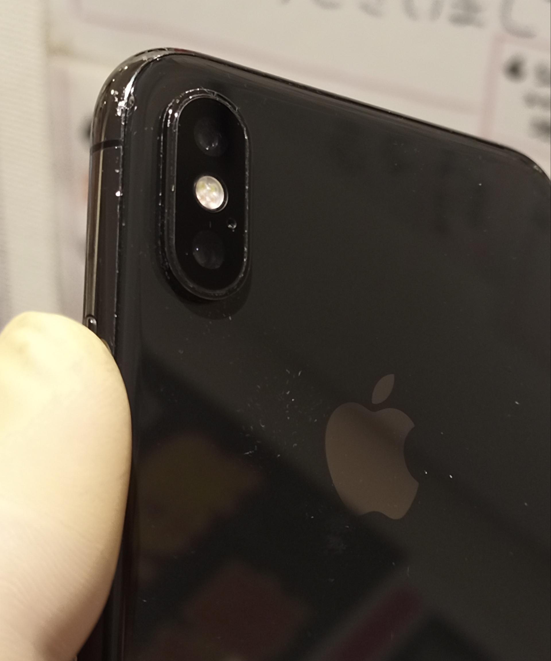 修理で新しいカメラレンズをつけて綺麗に直ったiPhoneX画像