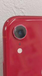 背面カメラガラスにひび割れがあるiPhoneXR画像